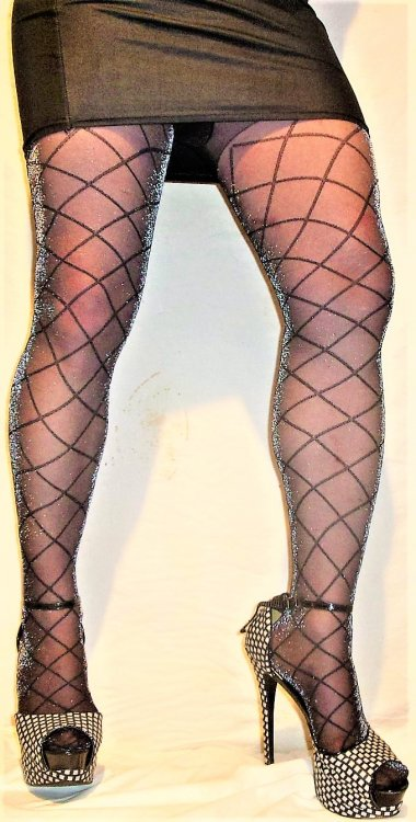 silky bolero sparkle tights blk mini and heels.JPG
