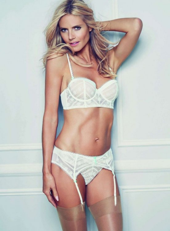 Heidi-Klum-Intimates-Collection-2016-09.jpg