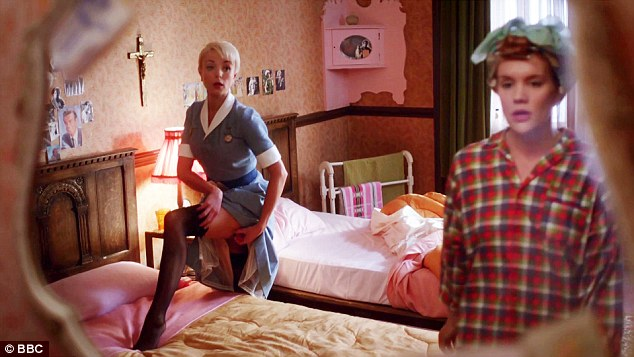 304C949B00000578-0-Her_most_risqu_role_yet_Helen_George_stole_the_show_as_Nurse_Tri-a-24_1453163532056.jpg