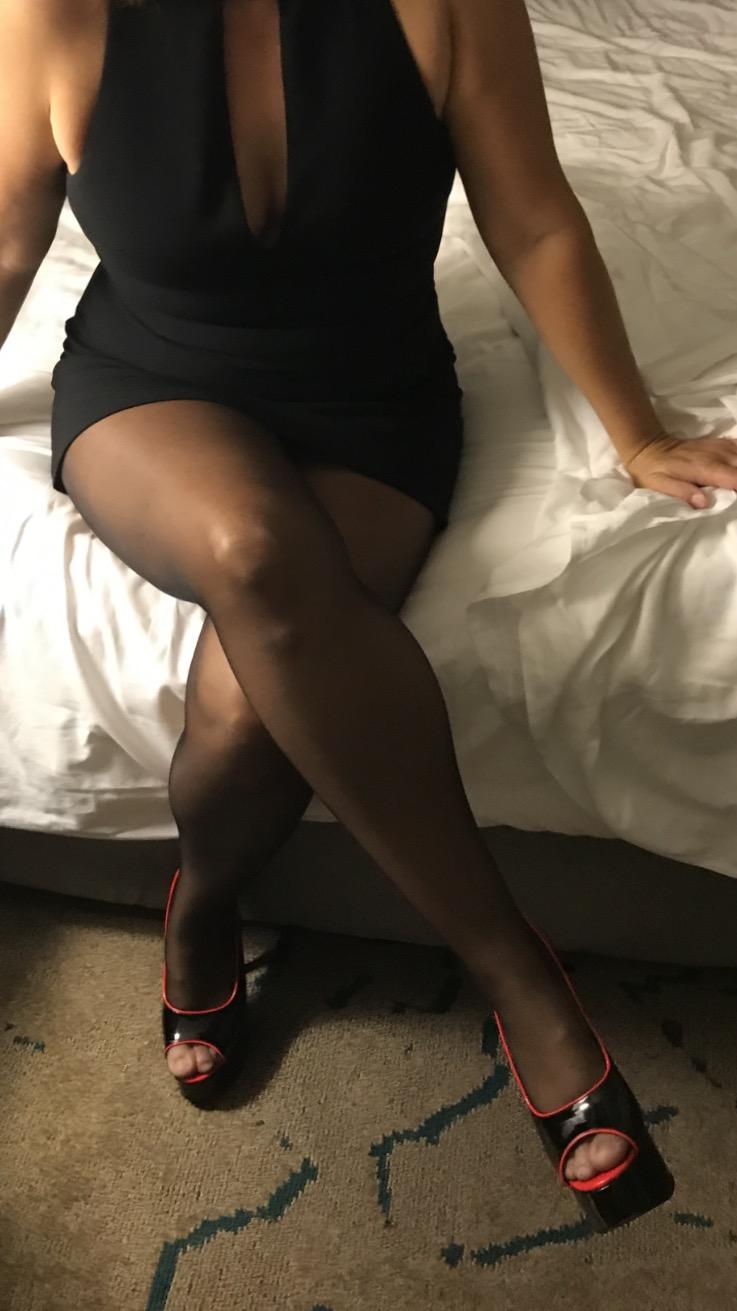 Pantyhose discussion foru