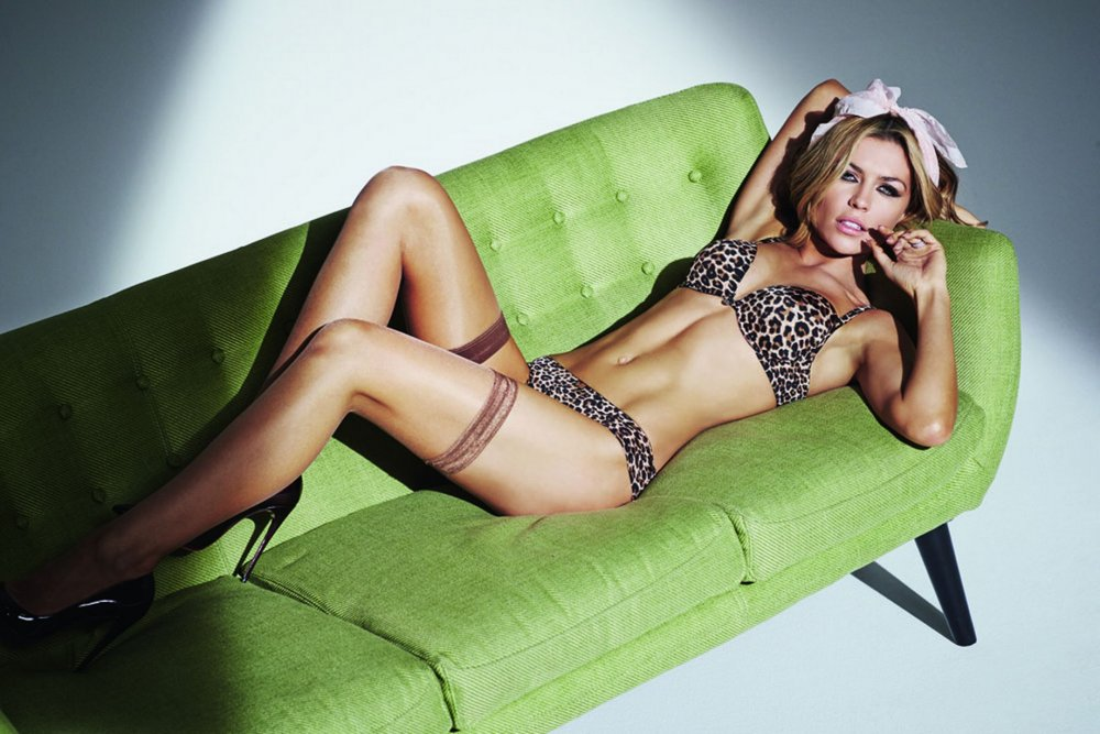 Abbey-Clancy-Ultimo-lingerie-EMBARGO (2).jpg