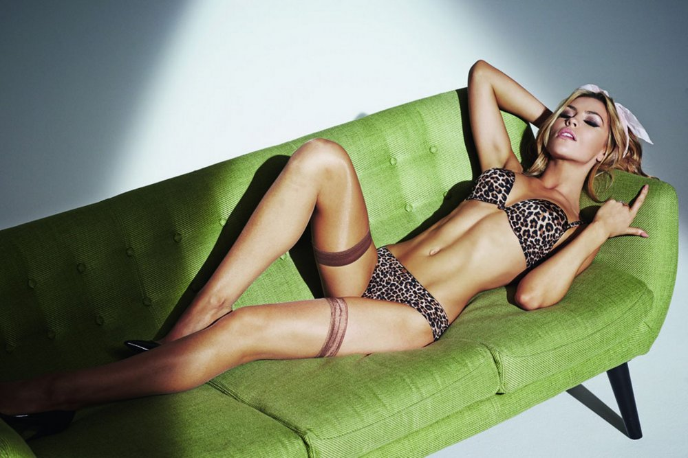 Abbey-Clancy-Ultimo-lingerie--EMBARGO.jpg
