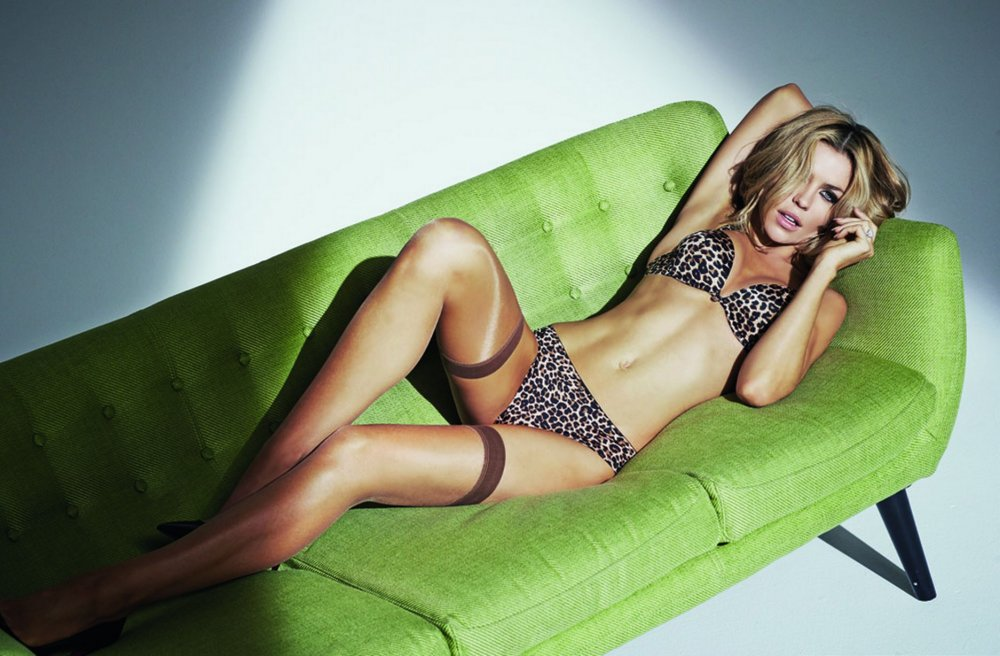 Abbey-Clancy-Ultimo-lingerie-EMBARGO.jpg